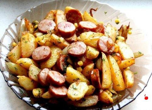 Картофель по-деревенски.