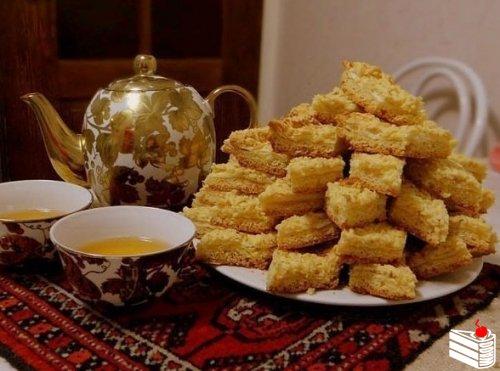 Часто пеку эту нямку,но не знала, что она называется «Каракум»