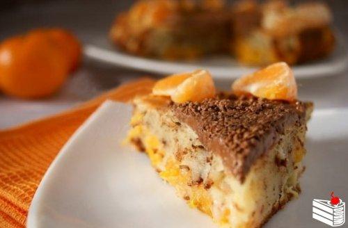Пирог с мандаринами и шоколадом.