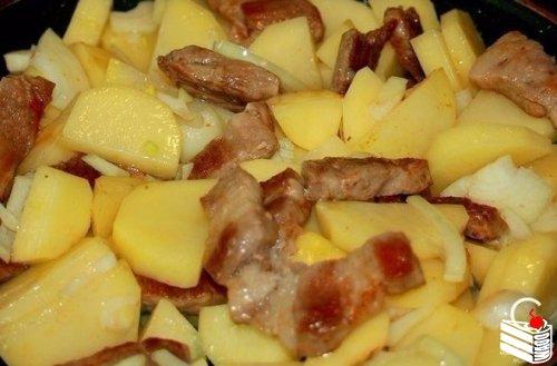 """Картофель """"по-французски"""" на сковороде"""