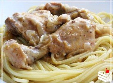 Гедлибже (курица в сметане по-кабардински).