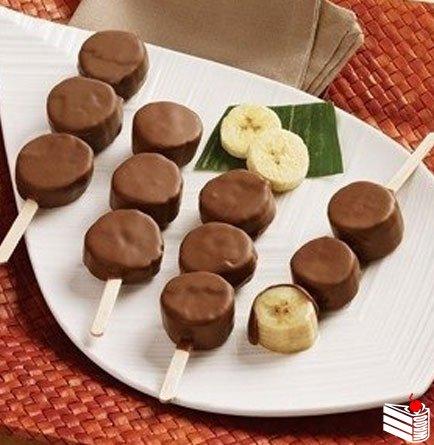 """Самый быстрый и вкусный десерт """"Бананы в шоколаде""""."""