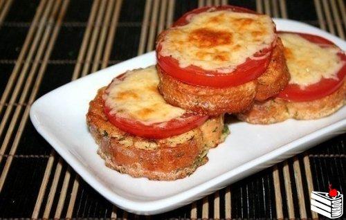 Гренки с помидорами и сыром к завтраку