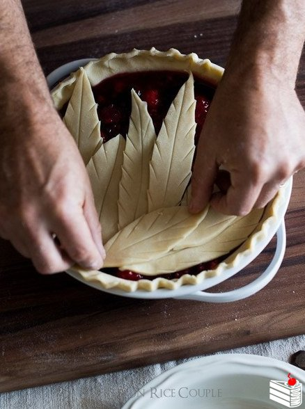 Украшение пирогов.