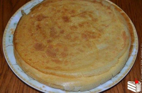 Блинный тортик с вишневой начинкой.