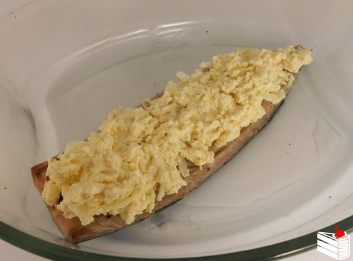 Запеченная скумбрия с сыром.