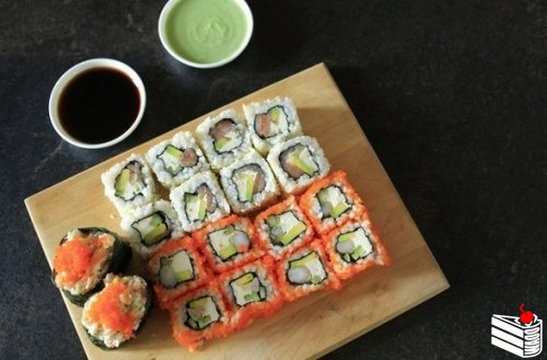 Суши и роллы.