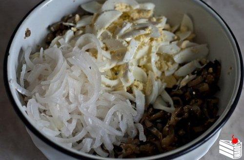 Шикарный салат из баклажанов.