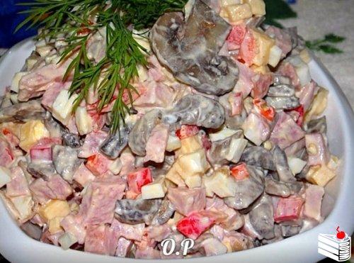 Подборка салатов от Ольги Романовой.
