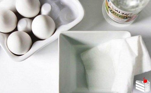 Оригинальный способ окрашивания яиц