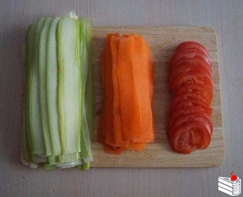 Красивая овощная запеканка.