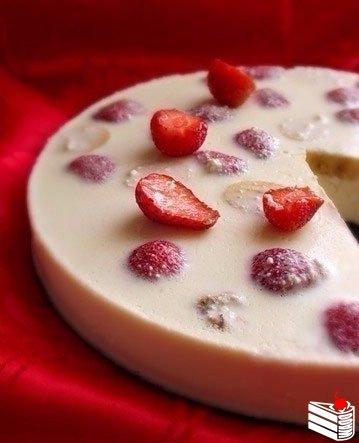 10 десертов с клубникой без выпекания