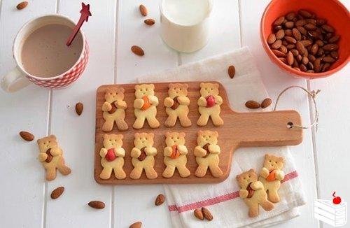"""Имбирное печенье """"Мишки с орешками"""""""