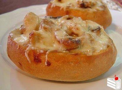 Фаршированные булочки — быстрый завтрак
