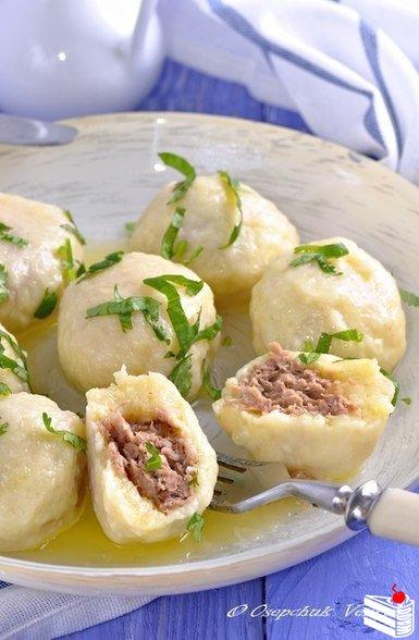 Картофельно-сырные ньокки, фаршированные мясом.
