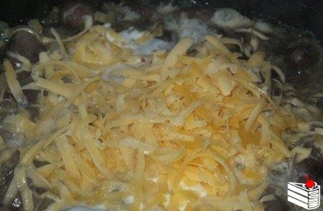 Сердечки в сметано-сырном соусе