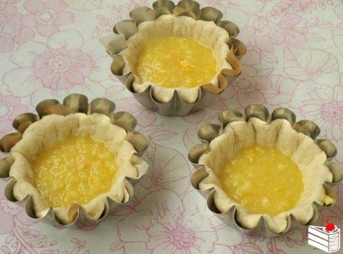 Булочки с лимонной начинкой.