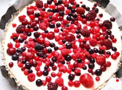 Творожно-ягодный пирог.