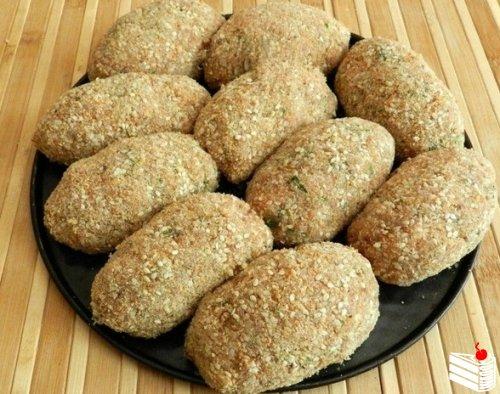Котлеты из индейки с сырной начинкой от Наташи Имшенецкой.