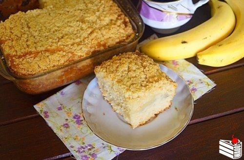 Бразильский банановый пирог (Cuca de Banana).