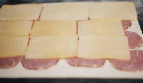 Быстрые рулетики с ветчиной и сыром