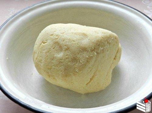 Песочный пирог со смородиной.
