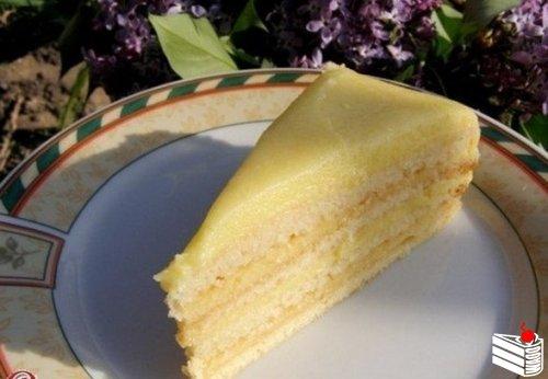 Торт с творожным заварным кремом.
