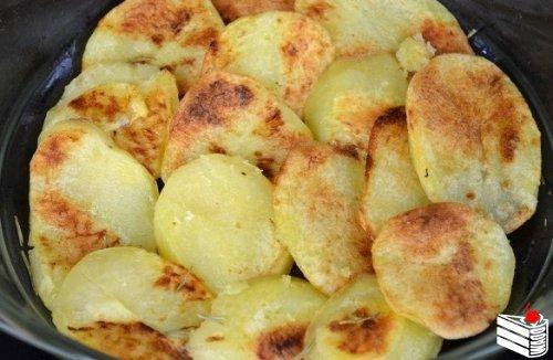 Запеканка с картофелем и фаршем.