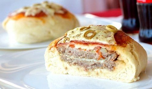Новая идея — Пицца-гамбургер!