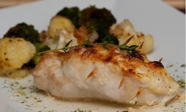 Вкуснятина: курица стир-фрай с кисло-сладком соусе.