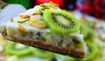 «Йогуртовый низкокалорийный торт с киви и бананом»