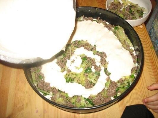 Цветная капуста, запеченная в духовке с сырным соусом.